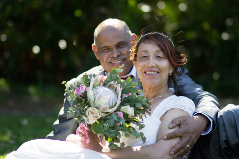 Read more about the article Protea and Rose Wedding