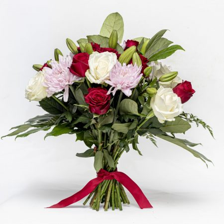 Classic Bunch of Roses, Lilies and Mums