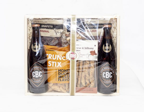 This savoury hamper is filled with treats such as biltong, nuts, biltong and cheese straws, honey and mustard crunchy stix and CBC beer. Birthdays, Occasions, Gift for Him, National Delivery