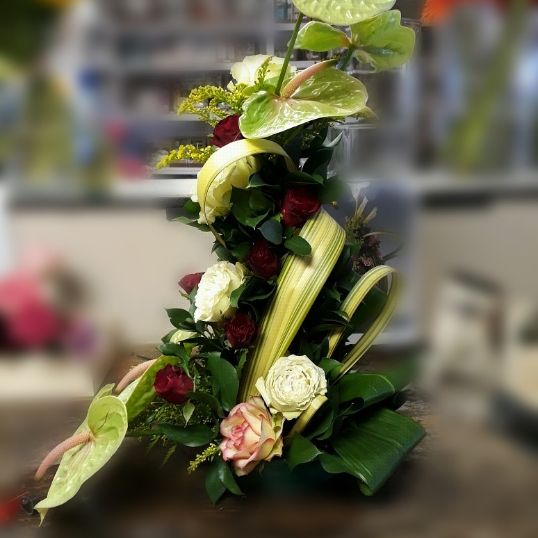 You are currently viewing Anthurium and Rose Standing Display